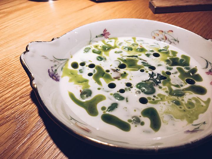 Sopa de Habitas en leche de almendras